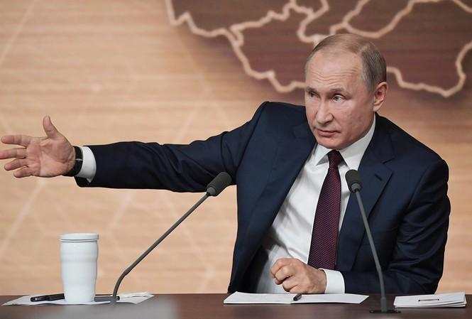 Tổng thống Putin trong cuộc họp báo chiều 19/12. Ảnh: Sputnik
