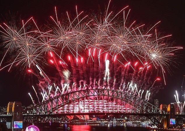 Pháo hoa trên cảng Sydney năm 2019. Ảnh: Getty