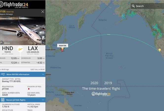 """Dữ liệu chuyến bay """"xuyên không"""". Ảnh: Flightradar"""