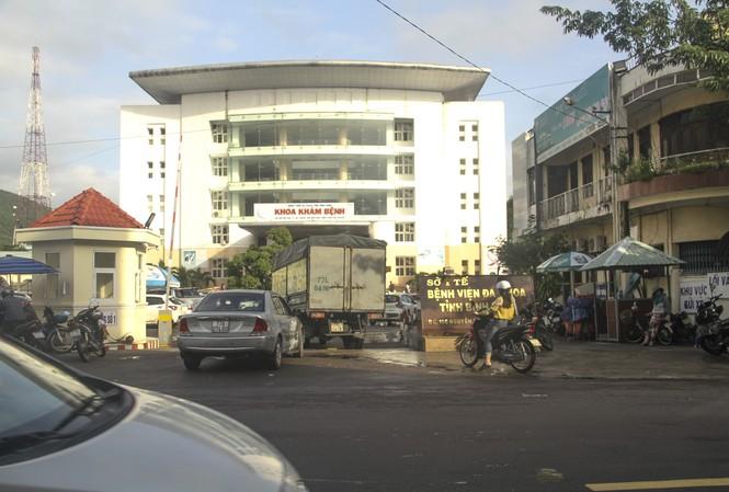 Bệnh viện Đa khoa tỉnh Bình Định nơi có trường hợp bị kích nhầm. Ảnh: Tr.Định