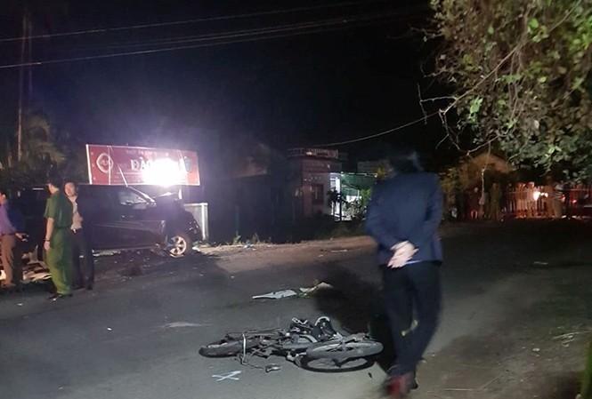 Vụ tai nạn liên hoàn đã làm 4 người chết và 3 người khác bị thương.