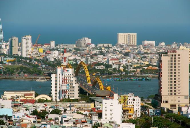 Năm 2019, GRDP (tổng sản phẩm trên địa bàn) của TP Đà Nẵng ước tính tăng 6,47% so với năm 2018, là mức tăng khá thấp trong giai đoạn 2011 – 2019, thấp nhất trong 5 thành phố trực thuộc Trung ương