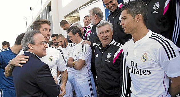 Perez muốn giải quyết dứt điểm tương lai của Ronaldo và Ramos ngay tại Trung Quốc.