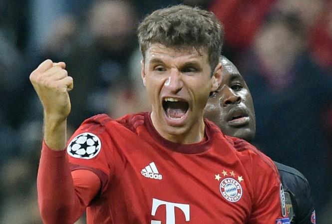 Muller từ chối lương khủng từ M.U để ở lại với Bayern Munich.