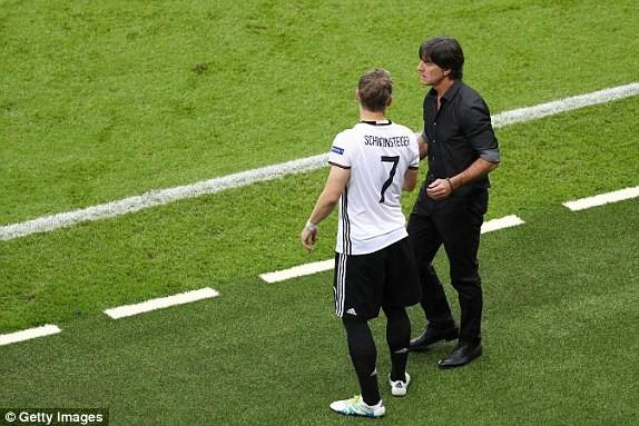 Schweinsteiger đã thiết lập nên kỷ lục mới.