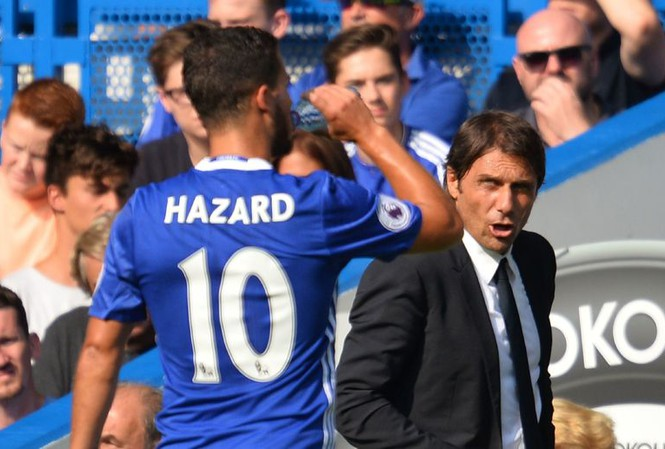 HLV Conte gửi thông điệp cảnh báo tới Hazard.