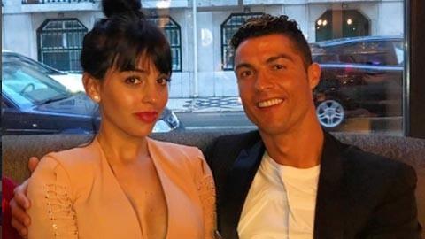 Bản tin thể thao: Ronaldo đưa bồ về quê thư giãn