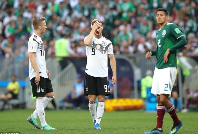 Tuyển Đức (áo trắng) để thua ngay trận ra quân ở World Cup 2018.