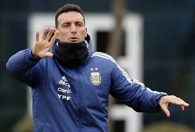 HLV Lionel Scaloni của đội tuyển Argentina.