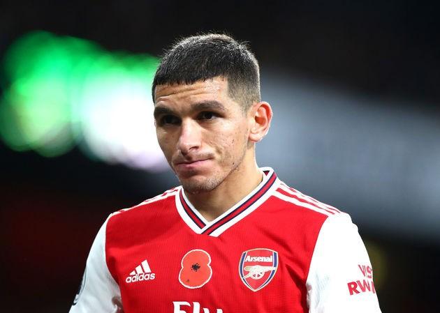 Lucas Torreira tính chuyện rời Arsenal.