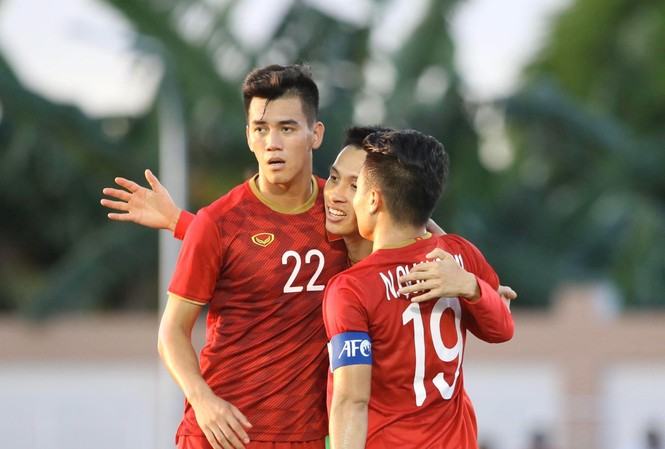 Tiến Linh lập hat-trick cho U22 Việt Nam. Ảnh: Hữu Phạm.