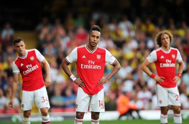 Các ngôi sao Arsenal đối mặt nguy cơ bị buộc phải giảm lương.