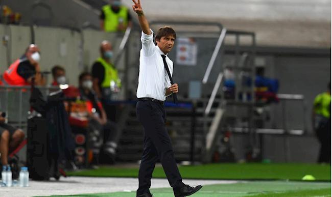 HLV Antonio Conte của Inter Milan.