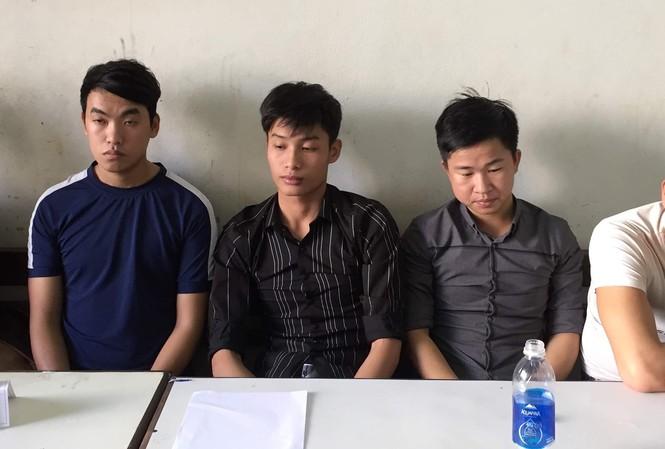 Nhóm thanh niên vùa bị công an bắt giữ