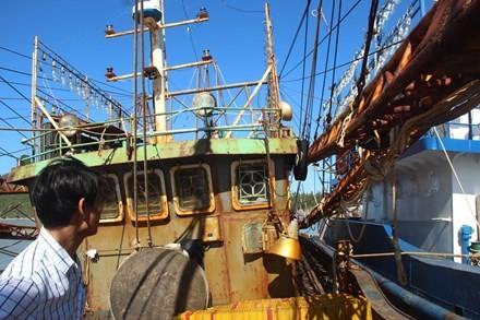 Hàng loạt tàu cá vỏ thép bị phát hiện dùng máy tàu không chính hãng, vỏ thép Trung Quốc...không đúng với hợp đồng.