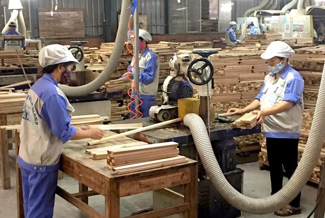 Xuất khẩu gỗ và lâm sản năm 2019 vượt mốc 11  tỷ USD