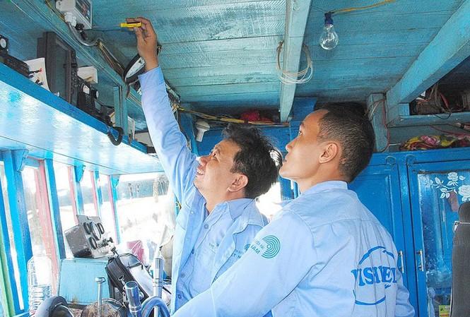 Theo Bộ NN&PTNT đến nay, hơn 82% tàu cá đã lắp các thiết bị giám sát hành trình.