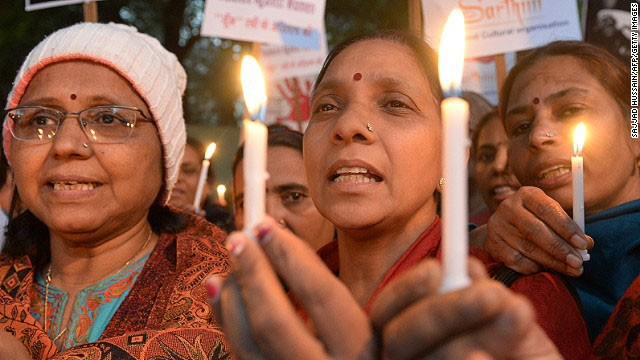 Các cuộc biểu tình nổ ra khắp Ấn Độ đòi bảo vệ phụ nữ trước nạn hiếp dâm