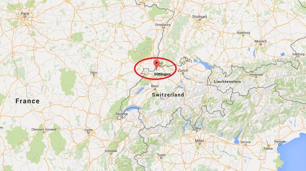 Hai chiếc máy bay đâm nhau ở Dittingen, bang Basel, Thụy Sỹ