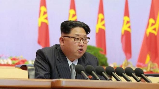 Lãnh đạo Triều Tiên Kim Jong Un phát biểu trong cuộc họp của Đại hội đảng Lao động lần 7 của nước này