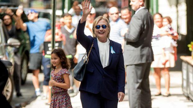 Ứng viên Tổng thống Mỹ của đảng Dân chủ Hillary Clinton không khỏe khi dự lễ tưởng niệm nạn nhân khủng bố vụ 11/9