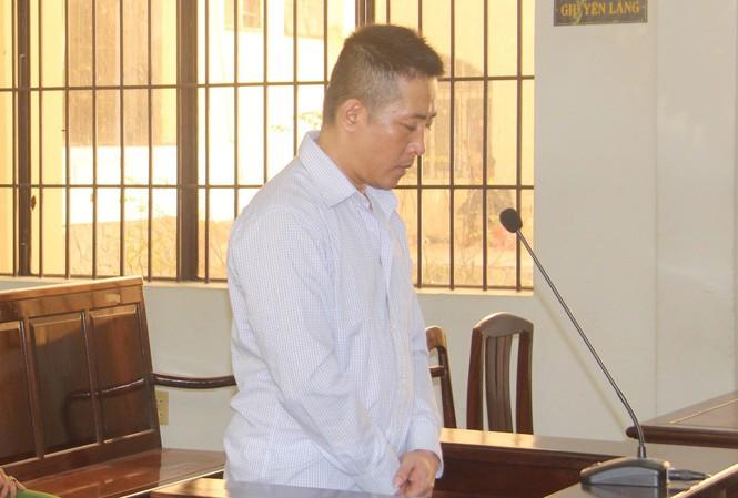 18 năm tù cho cựu trung uý cảnh sát giao thông bắn chết người