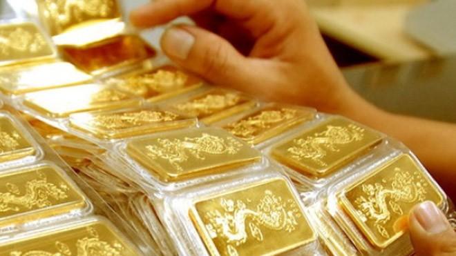 Vàng trong nước cao hơn thế giới 4,3 triệu đồng