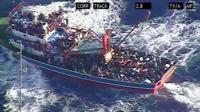 Chiếc tàu đánh cá gặp nạn ngoài bờ biển Síp hôm 24/9.