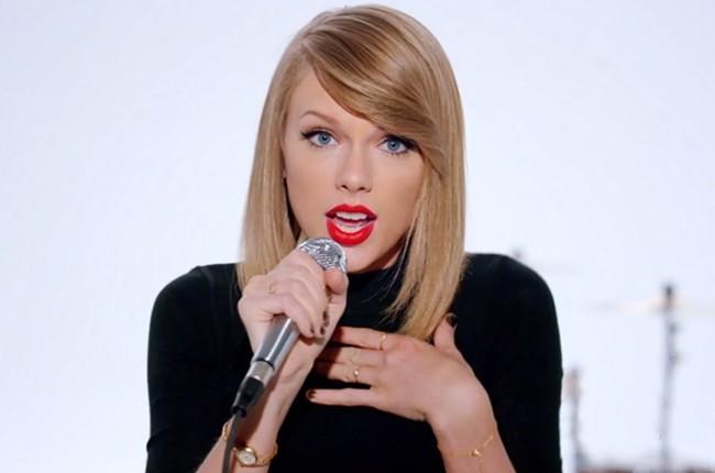 Nữ ca sỹ xinh đẹp Taylor Swift.