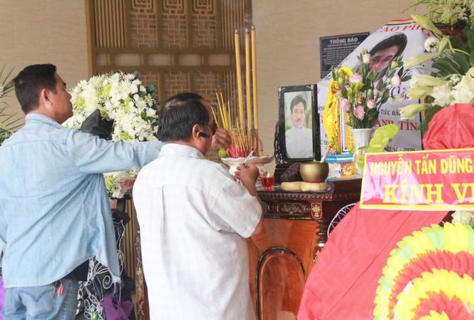 Con trai Chánh Tín đã về đến Việt Nam, kịp tiễn đưa cha đoạn đường cuối