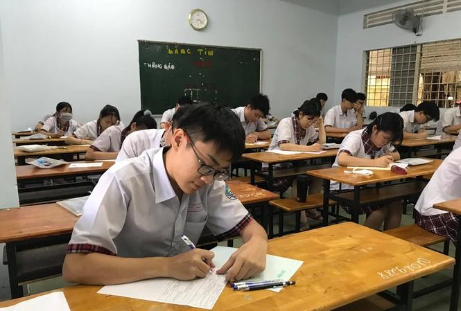 Thí sinh tham gia kỳ thi tốt nghiệp THPT 2021