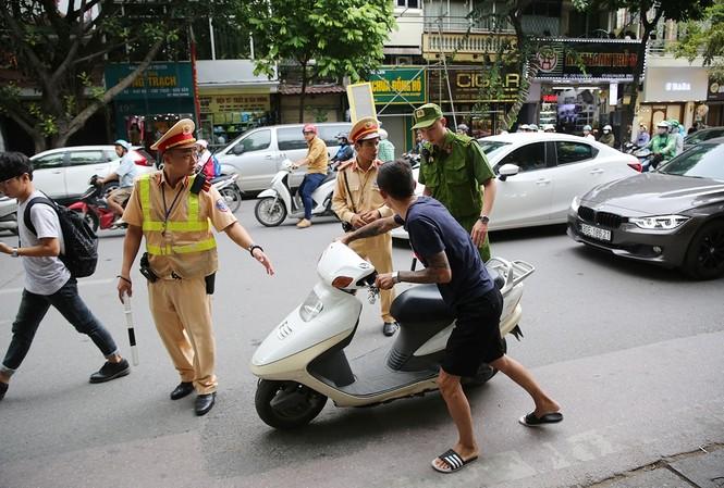 30 tổ cảnh sát 141 Hà Nội chống đua xe, gây rối dịp Tết Nguyên đán