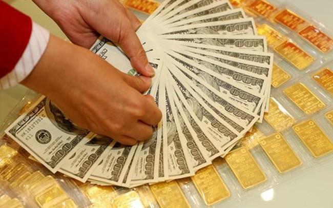 Giá vàng  giảm sâu, USD hồi phục