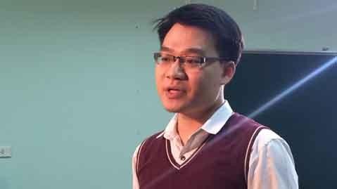 Thầy Vũ Khắc Ngọc (Giáo viên Hóa học Hệ thống giáo dục HOCMAI)