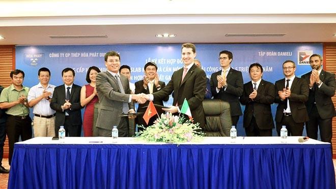 Hòa Phát Dung Quất mua dây chuyền sản xuất thép cuộn cán nóng hiện đại nhất thế giới