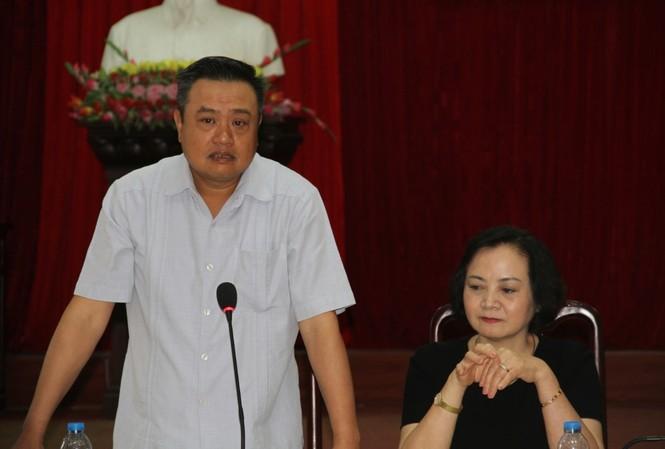 Chủ tịch HĐTV PVN Trần Sỹ Thanh phát biểu tại buổi cứu trợ đồng bào Yên Bái.
