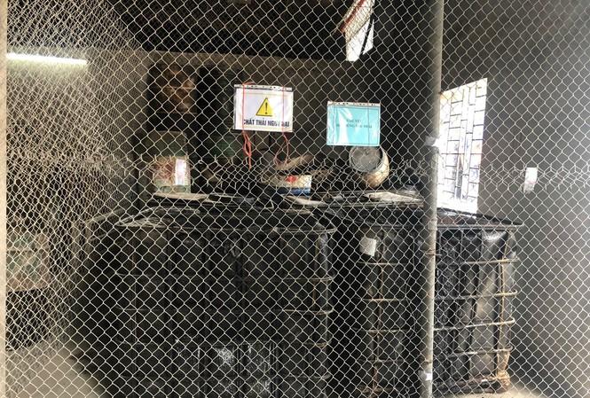 Kho chứa dầu thải bẩn ở Cty Thanh Hà.