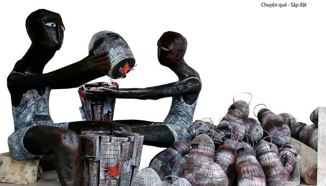 """Tác phẩm điêu khắc sắp đặt """"Chuyện quê"""", giải nhì (không có giải nhất) tại Triển lãm 10 năm điêu khắc toàn quốc 2003-2013"""