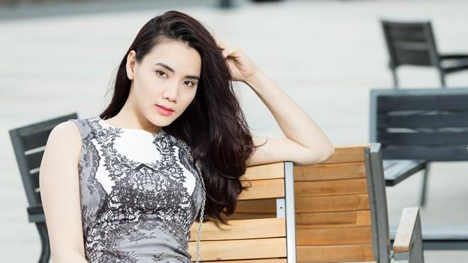 Trang Nhung 'khóc hết nước mắt vì bị oan vụ mua bán dâm'