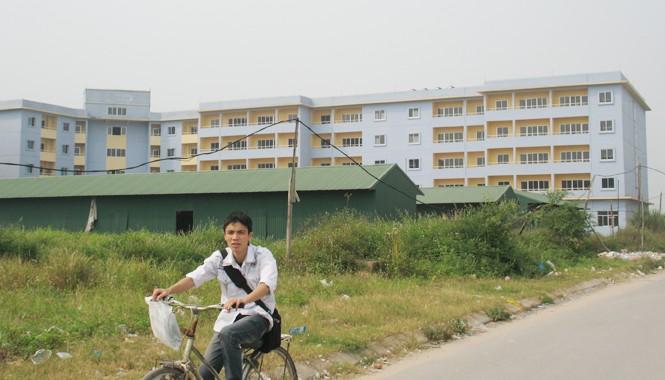 Chung cư công nhân duy nhất tại KCN Hà Nội (Kim Chung, Đông Anh, Hà Nội) sau 7 năm đi vào hoạt động đang xuống cấp