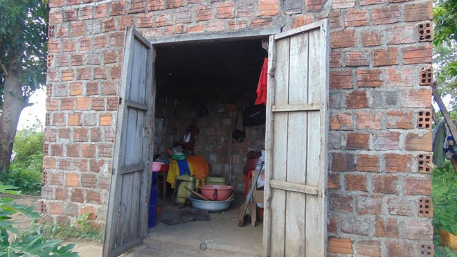 Ngôi nhà của vợ chồng anh Tình bị bọn cướp đột nhập