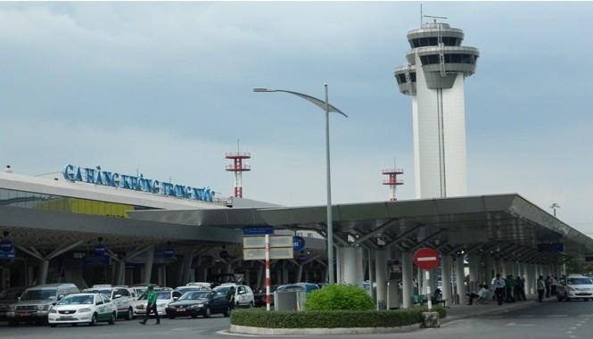 Sân bay Tân Sơn Nhất.
