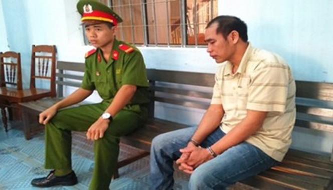 Bị cáo Y Hem Niê tại tòa.