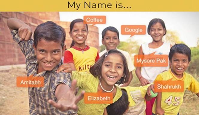 Những đứa trẻ trong làng được đặt tên chẳng giống ai.