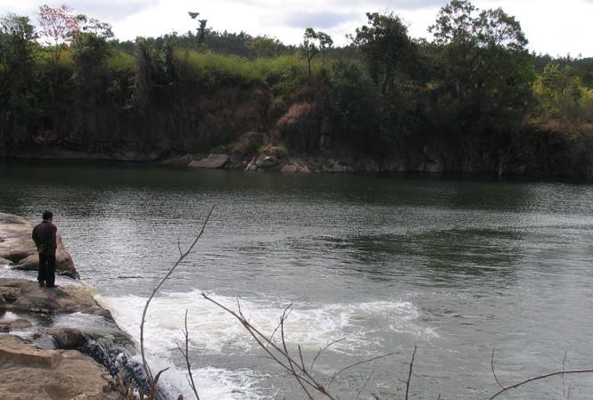 Một hồ nước ở Lâm Đồng.