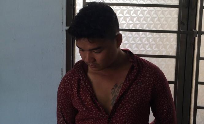 Hào bị bắt khi đang lẩn trốn trong khu vực sân bay Tân Sơn Nhất.