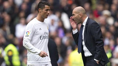 Zidane phủ nhận mâu thuẫn với Ronaldo
