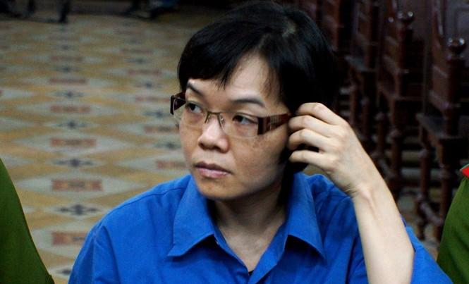 Huỳnh Thị Huyền Như trong một lần hầu tòa. Ảnh: Tân Châu.