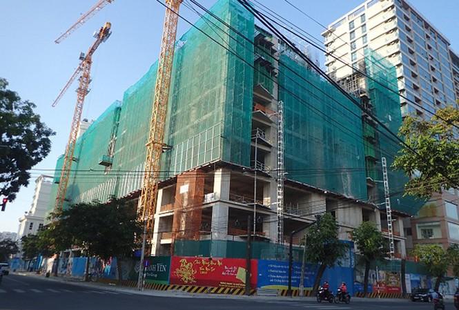 Dự án Gold Coast tại số 1 Trần Hưng Đạo, Nha Trang đang xây dựng (Ảnh: TH- CL).