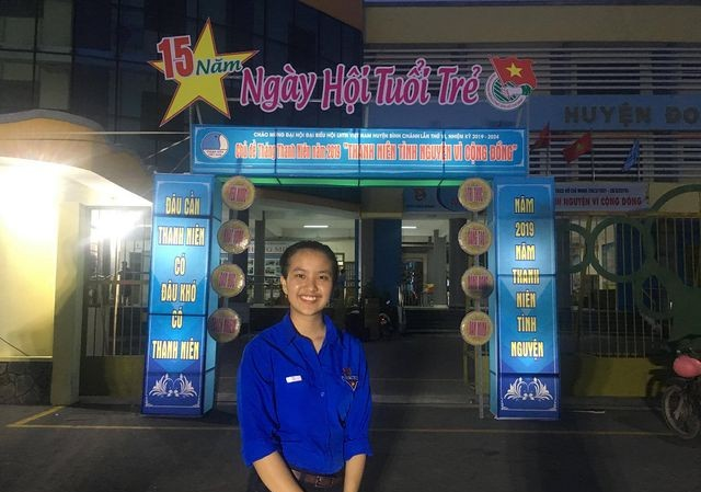 Nữ đảng viên 18 tuổi Nguyễn Hải Lý.